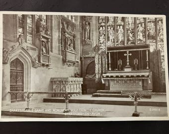 Vintage postcard - Shakespeare's Grave & Monument, Stratford on Avon!