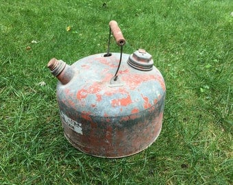 Vintage Galvanized Metal Gas Can 2 1/2 Gallon Old Gasoline Can Wood Handle Man Cave Decor Retro Rustic Gas Can Decor Movie Prop Film Shoot