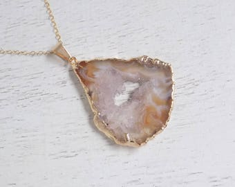 Maid of Honor Gift, Beige Geode Necklace, Geode Necklace, Geode Slice Necklace, Geode Druzy Pendant, Gold Necklace Boho Layer Necklace 8-192