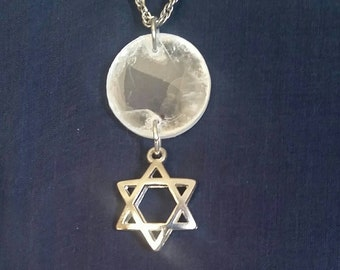 Sacred Geometry // White Selenite Crystal // Spiritual Merkaba Necklace // Meditation Jewelry // Metaphysical Gemstone for Peace and Balance