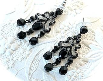Vintage Rhinestone Earrings Black Rhinestones Vintage Jewelry VA-295