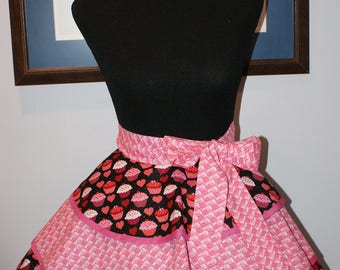 "Hostess Valentine ""CUPCAKES"" 3 Layer flounce Half Apron"