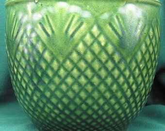 Early 1900s Roseville RRPCo. USA Planter / Jardiniere - Pineapple Pattern