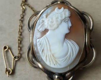 Antique Cameo Diana Conch Shell Cameo Brooch .Gold Tone Shell Cameo.Vintage Cameo Roman Goddess of Hunting Diane Greek Goddess Artemis Pin