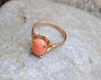 Coral ring - vintage coral ring - pink coral - angel skin coral - coral jewelry - vintage jewelry - vintage ring - real coral