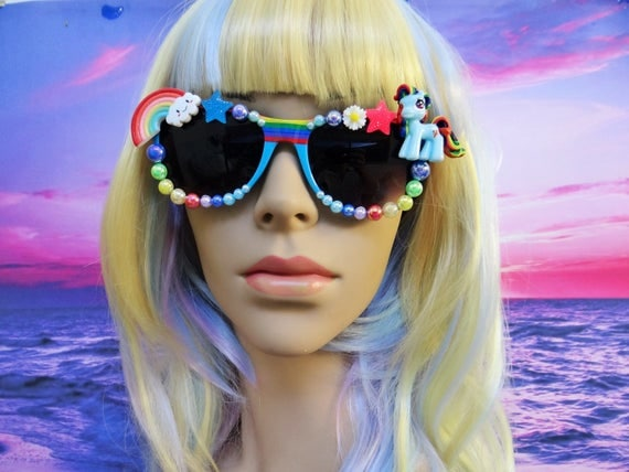 UNICORN My Little Pony * Rainbow Dash * Heart Shaped Sunglasses Sun Glasses Sunnies Wayfarers Mermaid Kawaii Disney A055