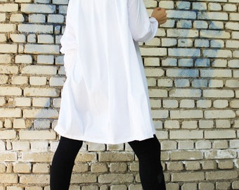 White Loose Shirt / Long Sleeved Top / Asymmetrical Oversize Shirt / Loose Cotton Shirt / B0037