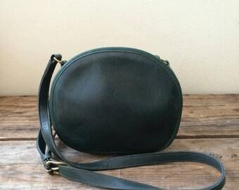 Vintage Coach dark green round shoulder bag 0638-210