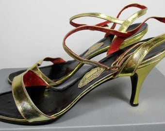 "Vintage Womens 1970s Metallic Gold BARCELO Heeled Sandals  (Size 5) 3"" Slim Heels w/Ankle Straps - made in Spain ---Retro Ladies Footwear---"