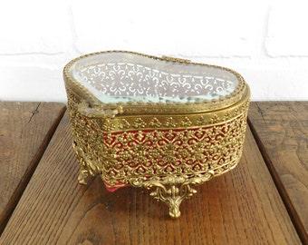 Vintage Gold Filigree Heart Shape Jewelry Box, Heart Jewelry Chest, Hollywood Regency, Jewelry Storage, Vanity Box
