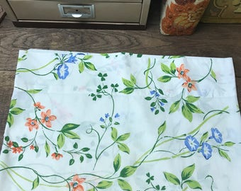 Vintage Pillowcase Percale Floral