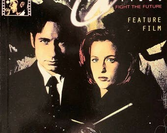 X-Files Movie Comic, Fight the Future, Vintage Topps Comics, Mulder, Scully, Official Movie Adaptation, Screenplay, Feature Film Comic