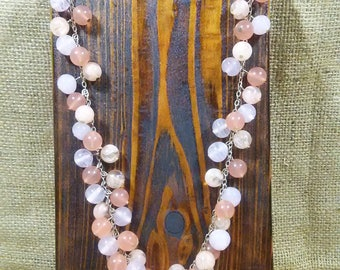 Ann Taylor LOFT Pink and Corral Beaded Necklace