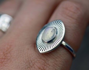 ECHOES Silver Rainbow Moonstone Ring