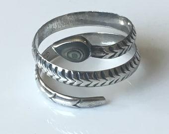 Sterling silver snake ring, Southwestern snake ring, vintage sterling silver abalone ring