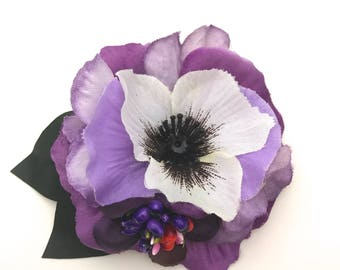 Handmade Small White Purple Pansy & Stamen Hair flower Clip