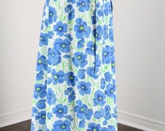 Vintage 1970s Bold Bright White Blue Green Floral Summer Spring Maxi Skirt Tie Waist Size Small Medium 100% Cotton
