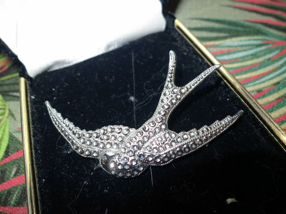 Lovely vintage faux marcasite Charles Horner staybrite Swallow bird brooch