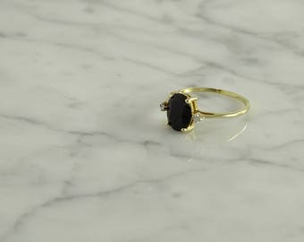 10K Onyx Diamond Ring ( size 6.75 )