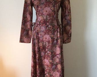 Vintage 70's floral hippy dress/medieval princess style dress/renaissance style dress