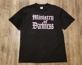 The Undertaker Ministry Of Darkness 1996 T-Shirt Mens Size XL Vintage WWF Tee Size X-Large