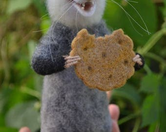 Felted possum Needle Felt opossum realistic Felted miniature Wool felt Needle felted animals Needle felted mouse Needle felting toy Felt rat