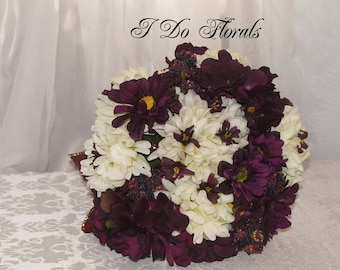Wine Hydrangea and White Mum Bride Bouquet, Burgundy and White Wedding Bouquet, Hydrangea and Mum Bridal Bouquet, Wine Wedding Bouquet