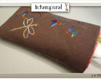 Taupe linen hand embroidered glasses case