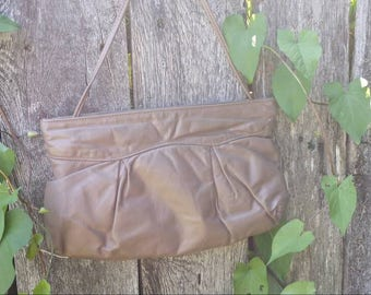 Brown 70's shoulder bag/vintage shoulder bag/Juliette original/Juliette original purse/shoulder bag/leather type bag/leather type purse