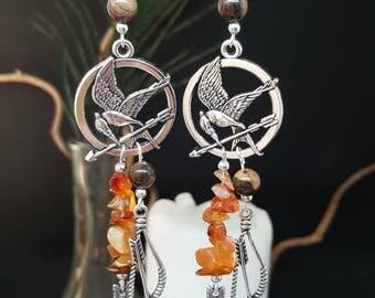 These earrings The Girl On Fire - amber - Bohemian - gemstones - hippy - gypsy - mocking Jay - arrow - archery - katniss