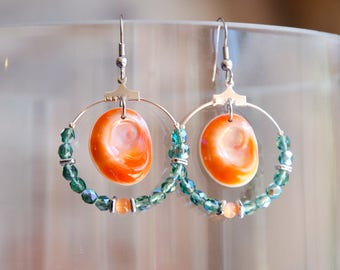 Creole SARRAN green erinite - Earring hoops creole with Eye of Santa Lucia and glass faceted round beads