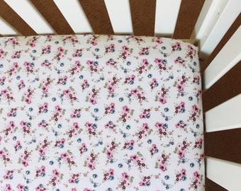 Floral crib sheet, purple pink crib sheet, small floral crib sheet, baby bedding, crib bedding, baby girl nursery, baby gift, floral baby
