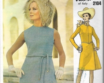60s Vintage Vogue Couturier Design 2104 Valentino of Italy Dresses Sewing Pattern Miss 12