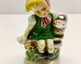 """Unique Vintage Porcelain Figure of A Girl And Basket- Occupied Japan - 4"""" H"""