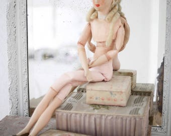 RESERVED !!! Do NOT buy!!! antique French boudoir sofa doll with glass eyes