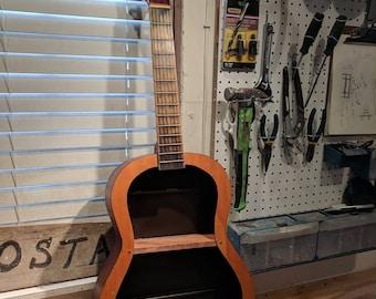Thomas guitar shelf