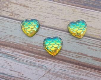 10 PCs Cabochon heart 12 mm Mermaid/dragon - green iridescent AB Rainbow