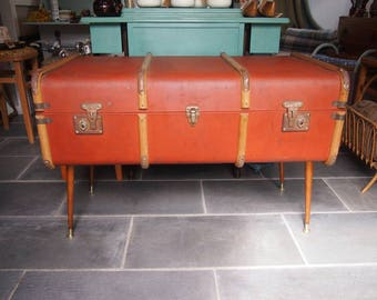 Steamer Trunk Table, Upcycled Vintage Chest, Trunk Side Table, Lined Chest, Storage Box, Coffee Table, Side Table, Lidded Storage Suitcase