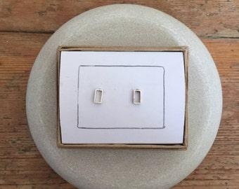Rectangle box stud earrings