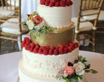 Cake Topper Love. Gold wedding  cake topper.Love