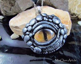 """Silver Dragon eye"" necklace with pendant"