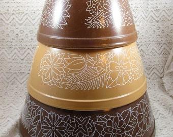 Pyrex Woodland, 3 Piece Nesting set, #401, 402, 403, Mixing Bowls, Mixing Bowl Set