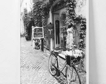 Paris,Paris print,Paris bedroom décor,Paris wall art,Paris décor,Black and white photography,Paris gift,Digital prints,Monochrome print