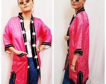 60s Pink Kimono Jacket with Black Trim. Asian. Japanese. Size Medium.