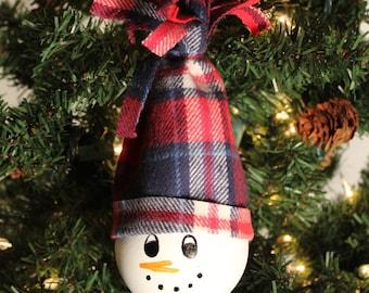 Upcycled Lightbulb Snowman Ornament - Gift under 10 - Personalized - Gift for Him - Gift for Boss - Gift for Kid - Gift for Children