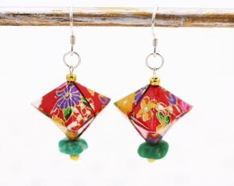 Japanese - Origami cherry - red Washi paper and Amazonite semi precious stone - Aiko creating jewelry earrings