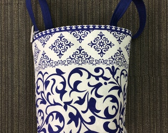 Blue and White Porcelain Makeup bag, Wedding gift, Cosmetic& Toiletry Storage