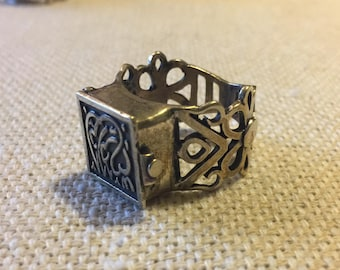 """Extremely Unique Sterling Silver Mini Pill Box Ring! Handmade in Egypt. """"Anta al Hob"""" - """"You are Love"""". Size 11.5"""