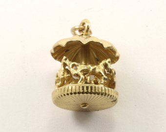 Vintage Gold Toned Carousel Pendant 925 Sterling Silver PD 2350