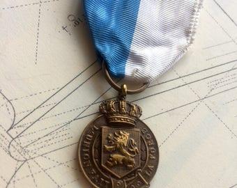Very Rare Belgium Medal  - Tribute of the town of Leuze - European Medal - L'Union fait la force